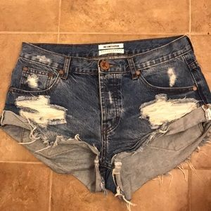 One Teaspoon Bandits Size 26 denim jean shorts